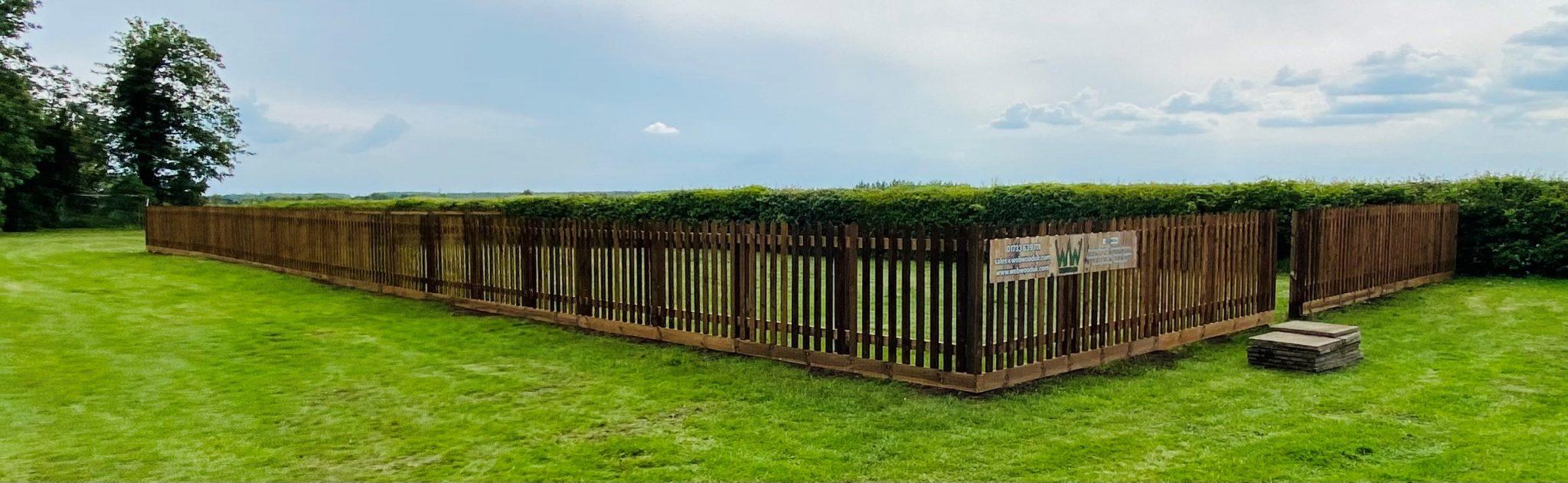 picket fencing enclosure for pub 1
