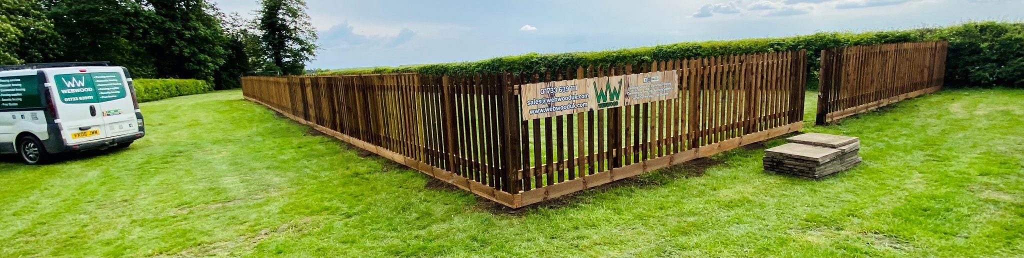 picket fencing enclosure for pub 2