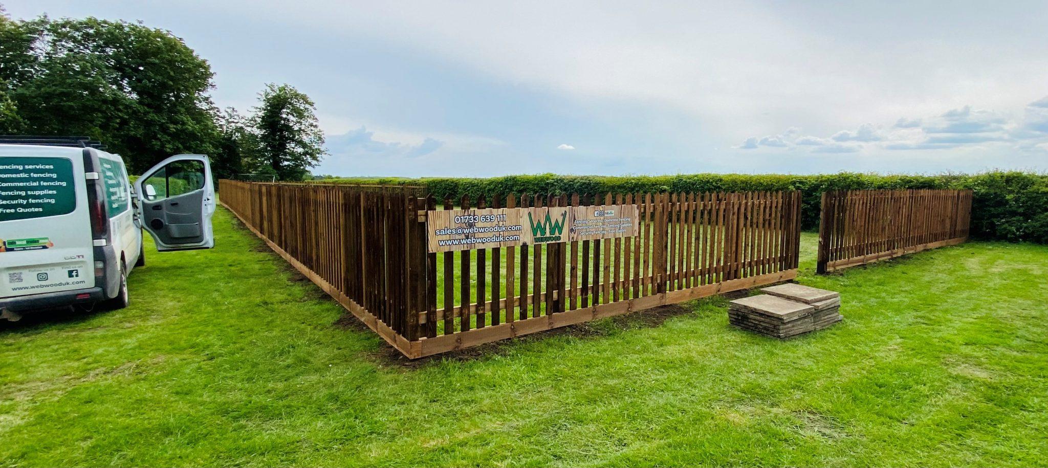 picket fencing enclosure for pub 3